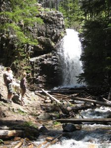 hiking near Great Falls Montana at Memorial Falls