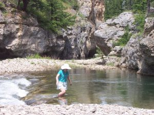 Hiking near Great Falls Montana in Sluice Boxes State Park